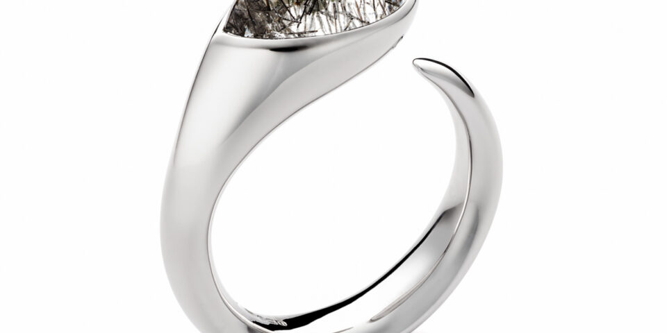 Jewellery photography – Silver Cornerstone ring with stone