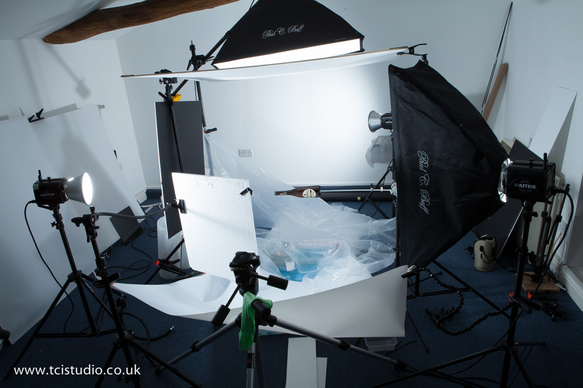 light set-up for splash photography & Advertising product photography tutorial u2013 liquid splash ... azcodes.com