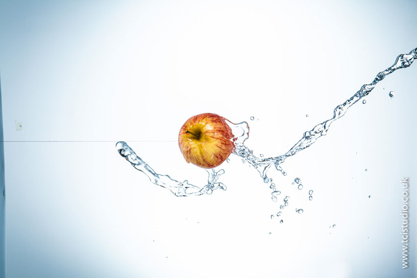 middle_apple_splash_detail